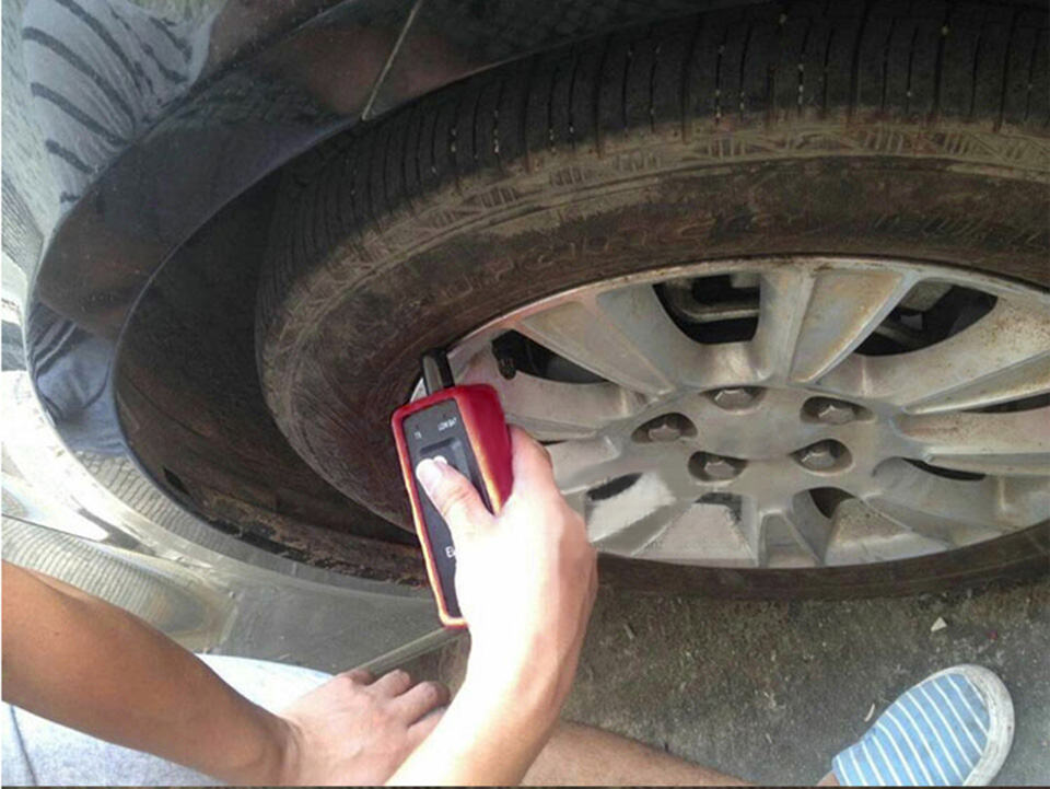 Using TPMS learn tool EL-50449